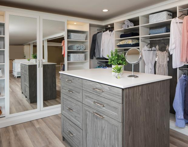 Top 5 Mistakes People Make When Designing Closets
