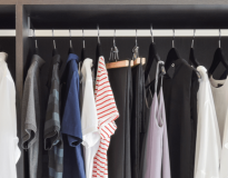 Reach-in Closets Image